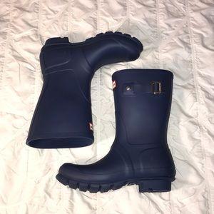 Short Matte Blue Hunter Boots